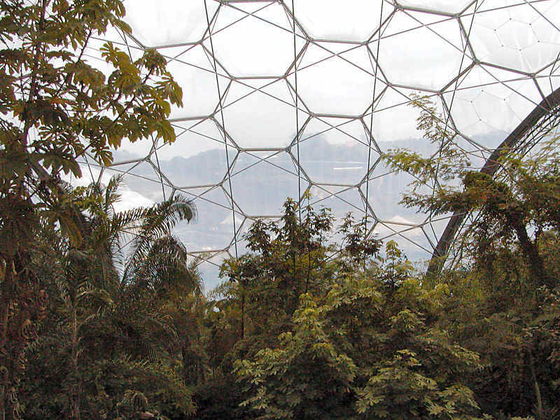 Eden Hexagonal Structure, photo by Eva Kröcher (image used under the terms of the GFDL.)