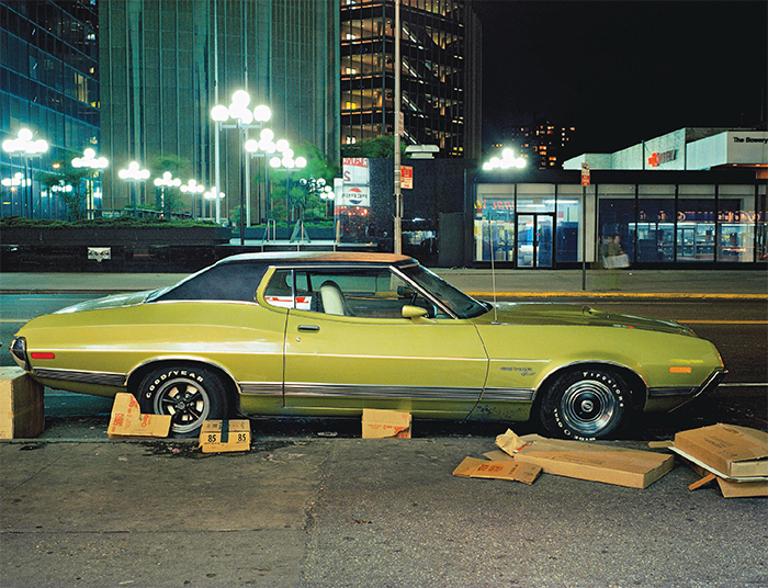 Langdon Clay, Box car, Gran Torino Sport, in the Twenties or Thirties on the East side, 1975, C-print, dimensions variable. © Langdon Clay, Courtesy Steidl