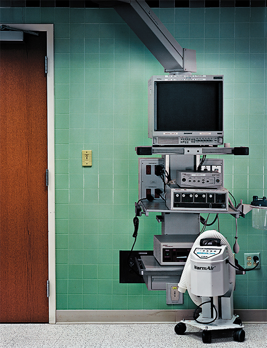 "Corinne May Botz, Operating Room 2 from Bedside Manner, 2015, ink-jet print, 50 × 40"". © Corinne May Botz/courtesy Benrubi Gallery, New York."