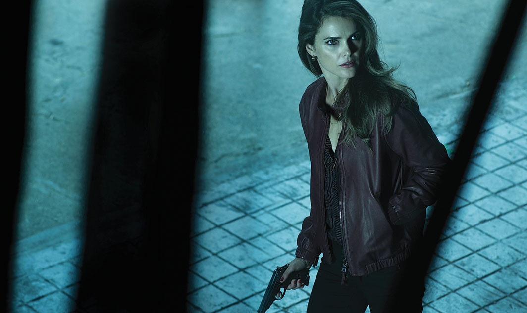 Keri Russell asElizabeth Jennings in a promotional image for The Americans, season 2.