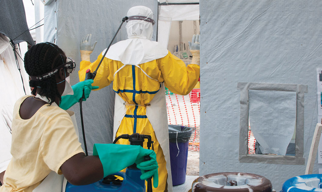 Ebola treatment unit run by Doctors Without Borders, Monrovia, Liberia, December 2014. UNMEER/Simon Ruf/flickr