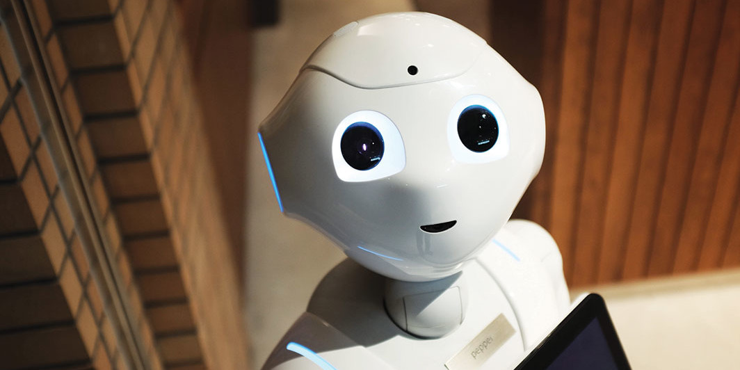 Pepper, a Softbank robot, 2017. Piqsels